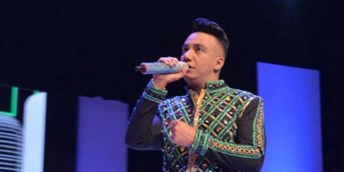 Elvis Martínez celebró 20 años de carrera en Santiago