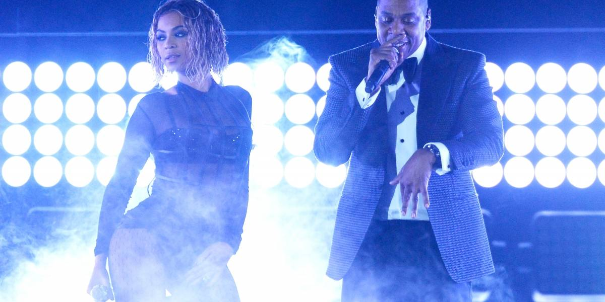 Video: hombre desató el pánico al atacar a Beyoncé y Jay-Z en pleno concierto