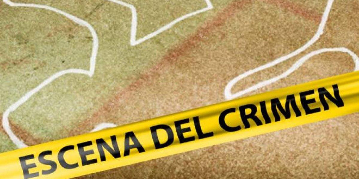 Detienen menor de 17 años acusado de matar a su pareja de 15