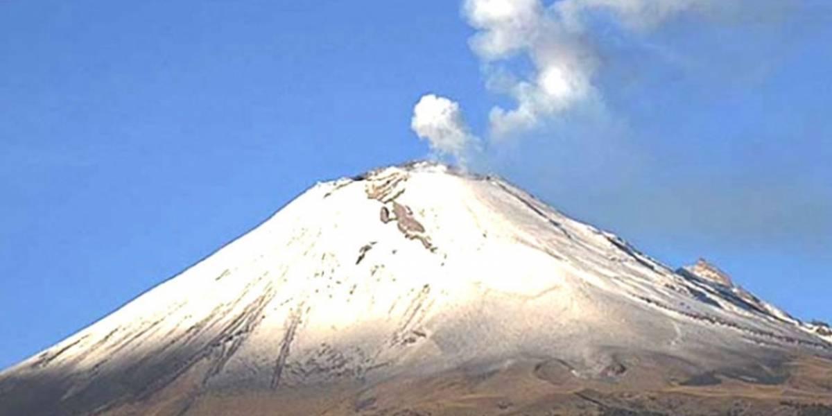 México: En las últimas 24 horas el volcán Popocatépetl registró 25 minutos de tremor y un sismo vulcanotectónico