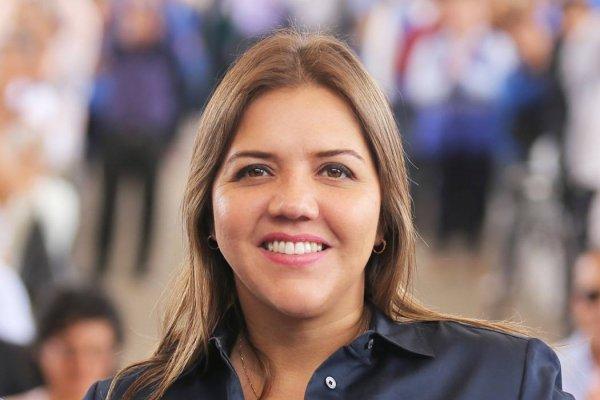 Se viraliza video de la vicepresidenta María Alejandra Vicuña de compras en centro comercial