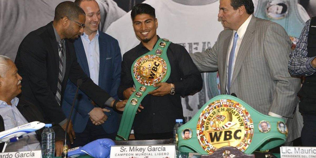 Mikey García recibe título que lo avala como campeón ligero del CMB