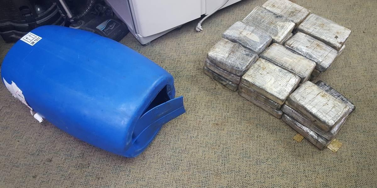 Aduana confisca casi 73 libras de cocaína en barco cerca de Isla Mona