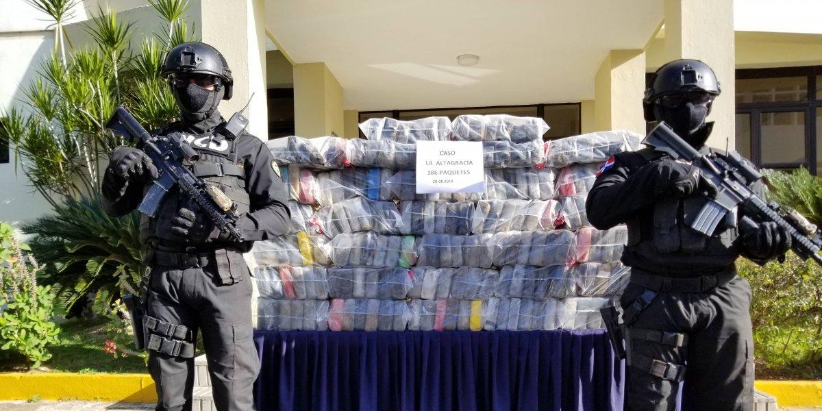 Decomisan 193 kilos de cocaína y detienen a 2 venezolanos en La Altagracia