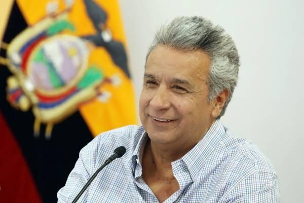 Aprobación de la gestión de Lenín Moreno baja 10 puntos