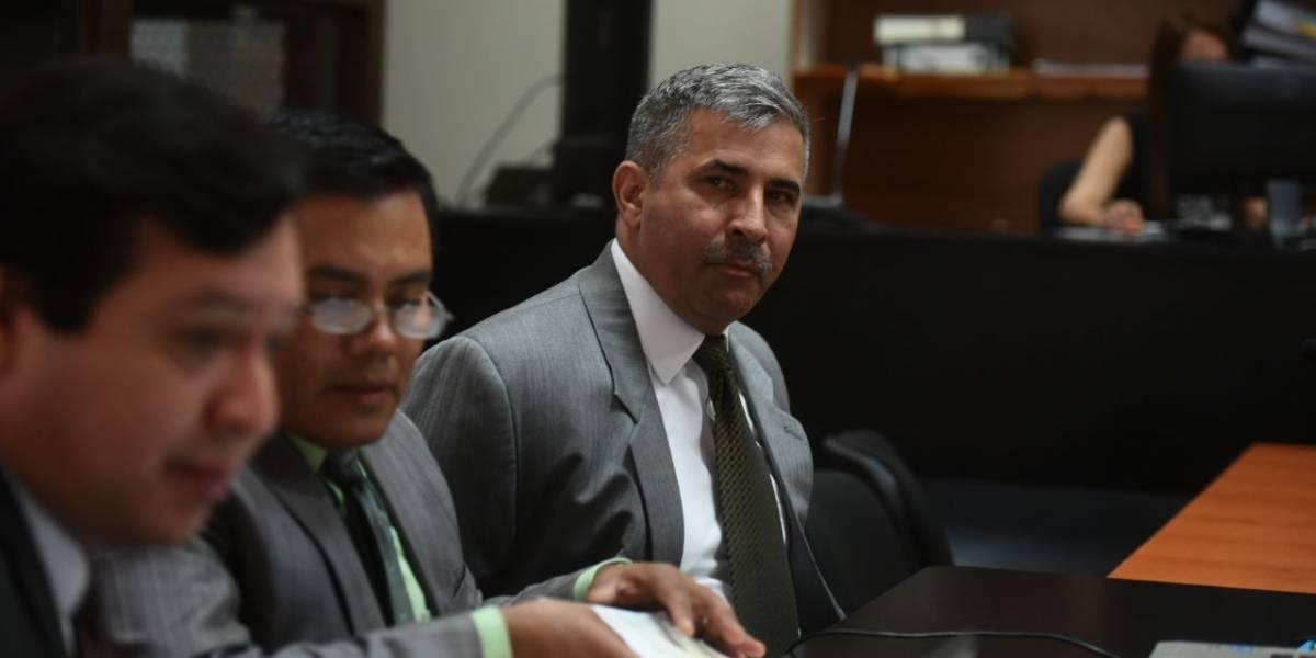 Defensa de Melgar Padilla insiste en dejar sin efecto la orden de captura en su contra