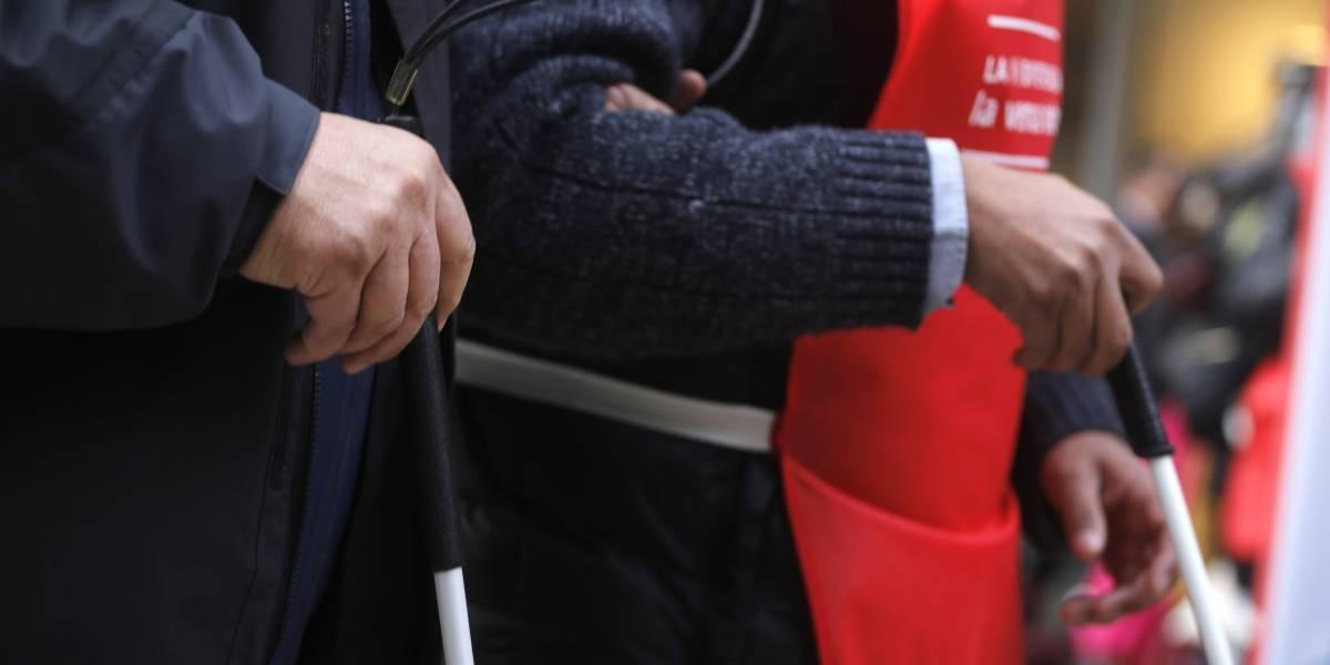 ¿Cómo ayudar correctamente a una persona en situación de discapacidad?