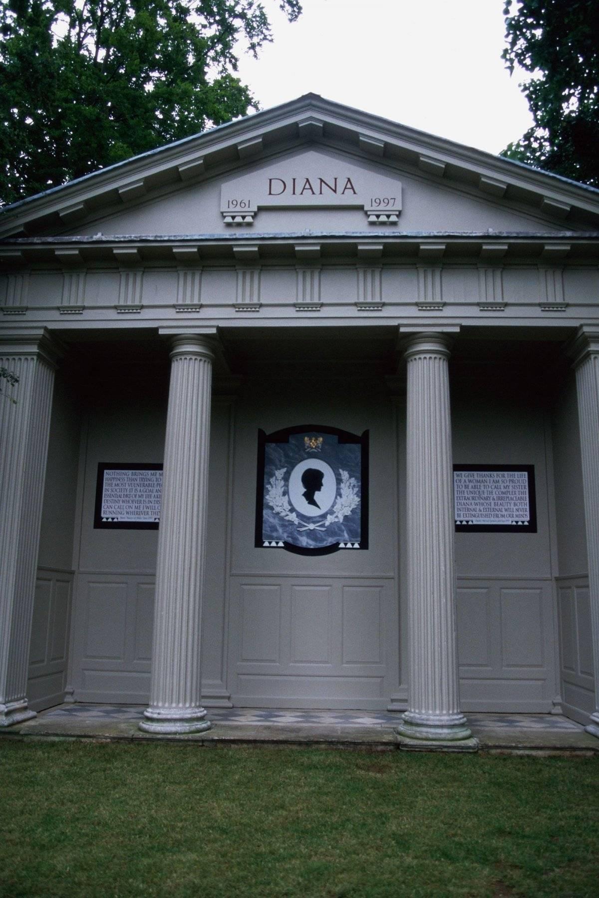 Tumba Diana de Gales
