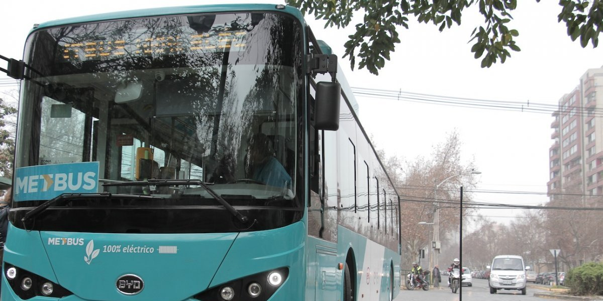 Chile le ganará a todos los países de América en electromovilidad: en noviembre llegarán 100 buses eléctricos