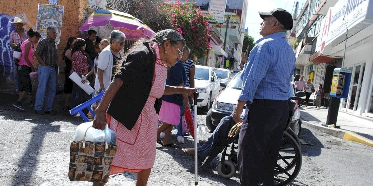 Cuatro de cada 10 adultos mayores en México viven en situación de pobreza