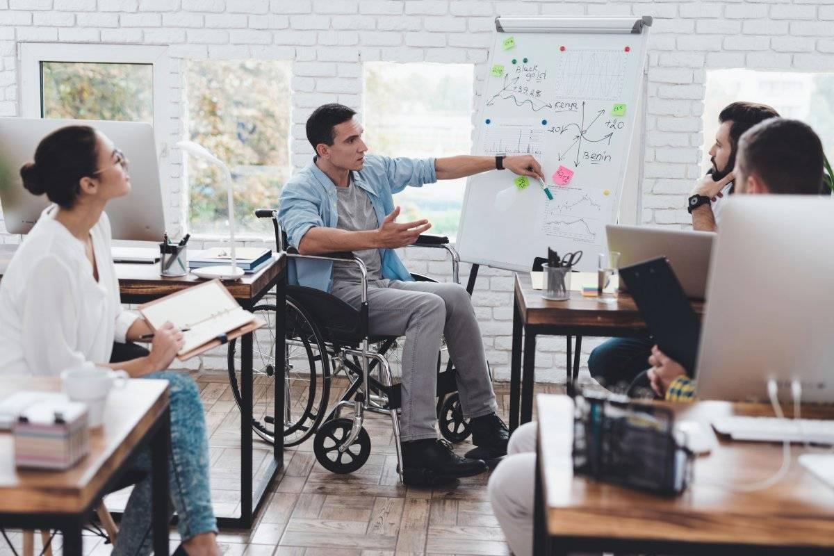 ayudar a una persona en situación de discapacidad