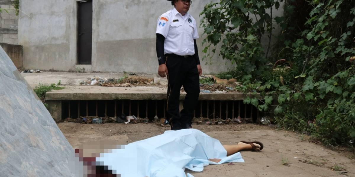Sicarios asesinan a mujer y le notifican por teléfono a la madre