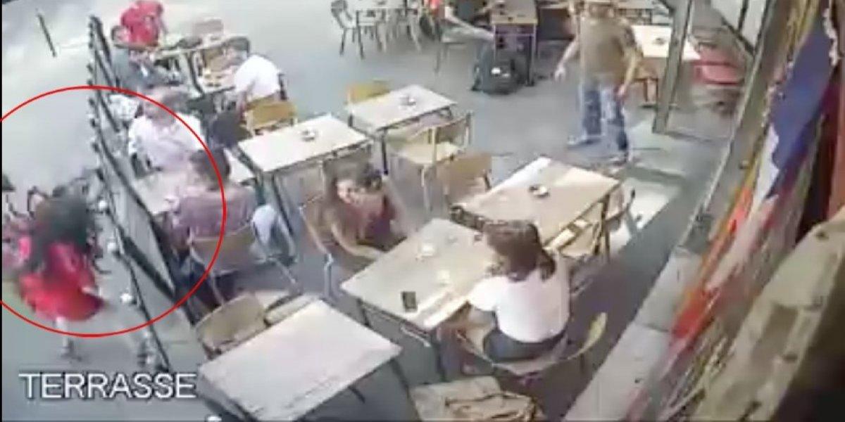Detienen a sospechoso de golpear a mujer a la que acosó en París