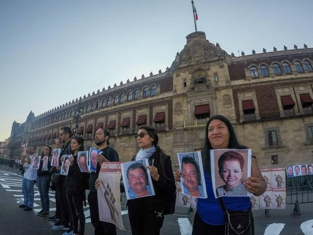 Manifestación de periodistas en el Zócalo Foto: Cuartoscuro