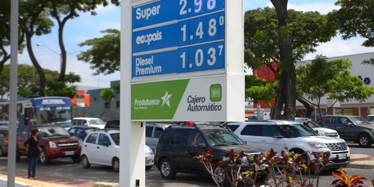 """Estaciones de servicio están """"listas"""" para aplicar nuevo precio de gasolina"""