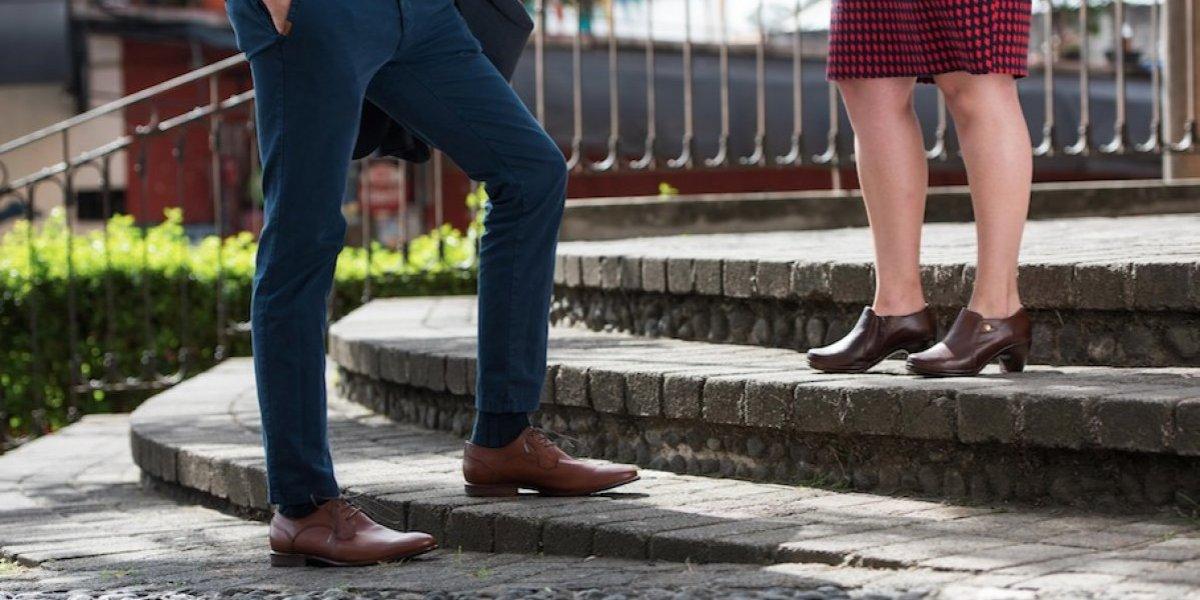 ¿Cómo se debe elegir el calzado que se utiliza todos los días para trabajar?