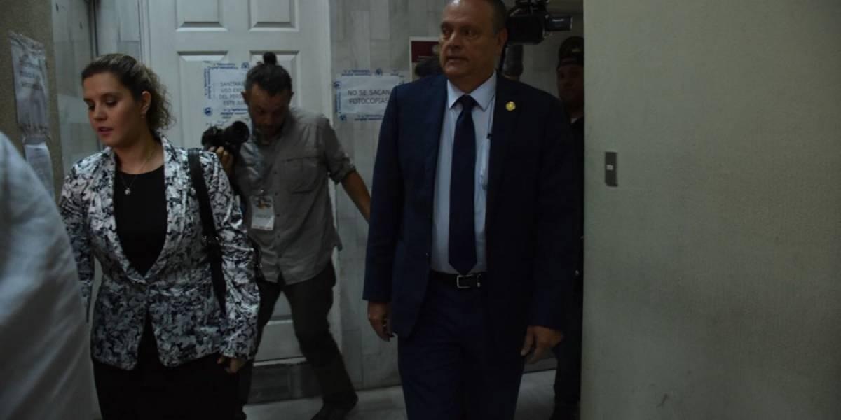 Sala ampara a ministro de Salud para que se garantice prestación de servicios
