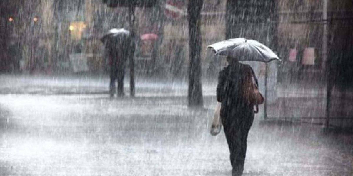El COE declara alerta verde para 12 provincias por lluvias