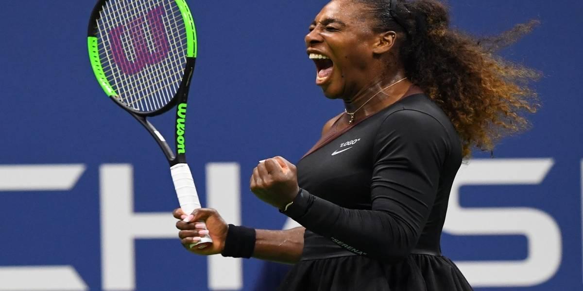 Serena Williams le da un revés a quienes criticaron su vestuario con un increíble look