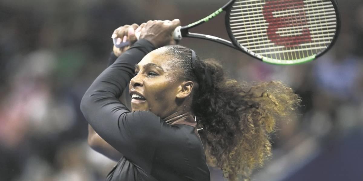 Serena responde con un tutú a polémica por catsuit