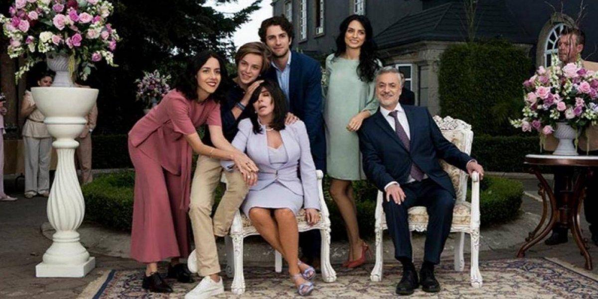 Netflix anunció segunda y tercera temporada de La casa de las flores