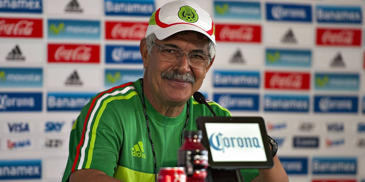 'Tuca' Ferretti anuncia primera lista de convocados para fecha FIFA