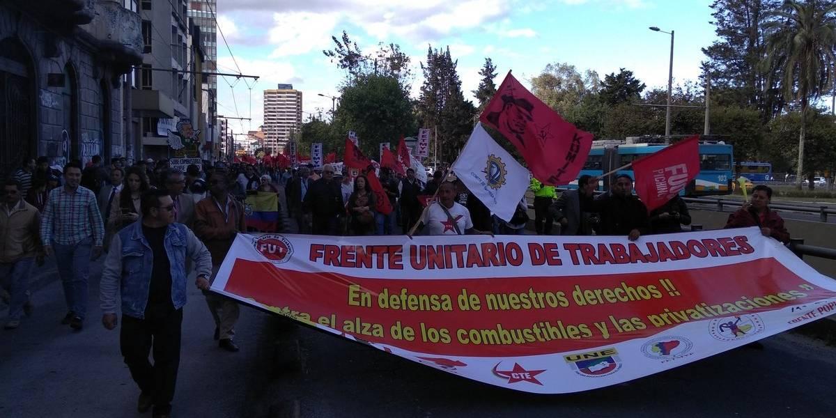 Se inició marcha de protesta en contra de las medidas económicas del Gobierno