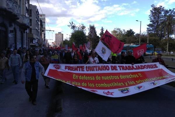 Marcha en Quito contra las medidas económicas