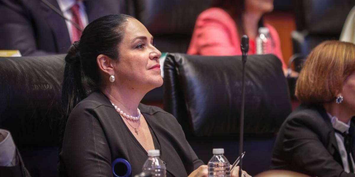 Mónica Fernández Balboa toma protesta como vicepresidenta del Senado