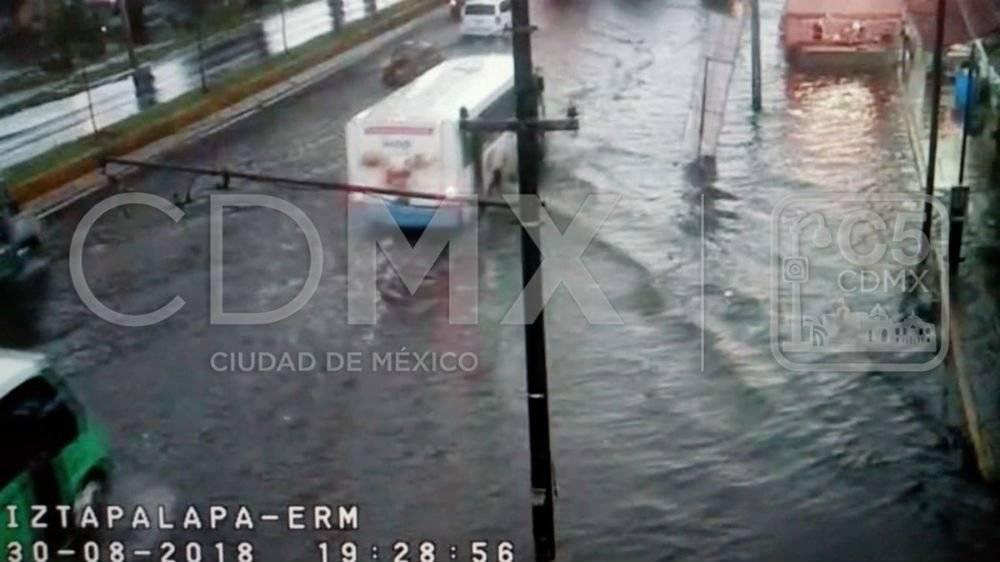 Santa Cruz Meyehualco, Iztapalapa Foto: Twitter @C5_CDMX
