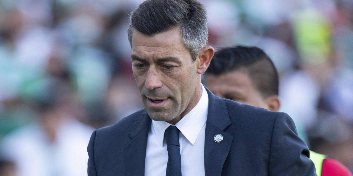 Pedro Caixinha no se preocupa por perder el invicto