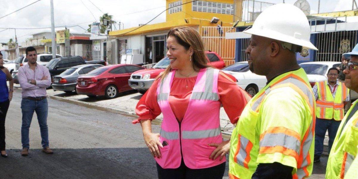 Alcaldesa de Canóvanas anuncia $600 mil para repavimentación de caminos y calles municipales