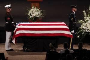 Homenaje a John McCain