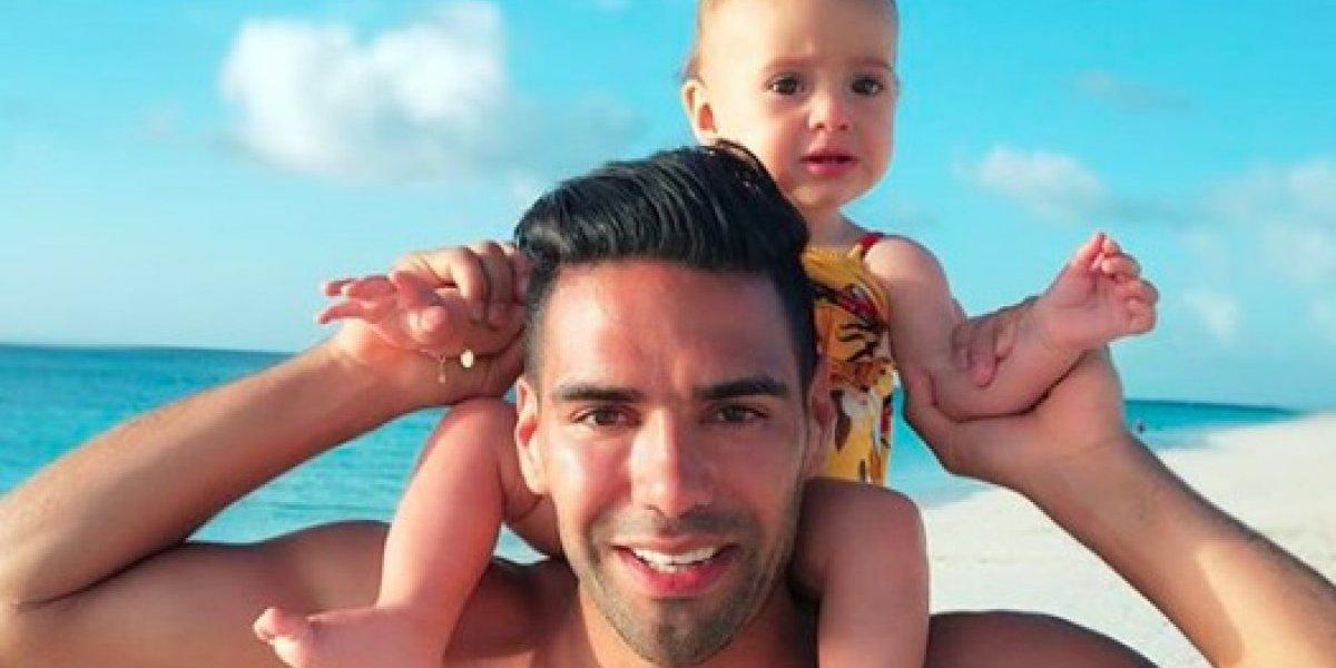 VIDEO: Así de tierno se muestra Radamel Falcao con sus hijas