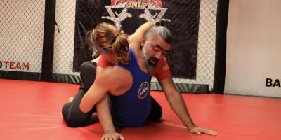 Jiu-jitsu, el arte marcial que ayuda a las mujeres a defenderse en un atraco