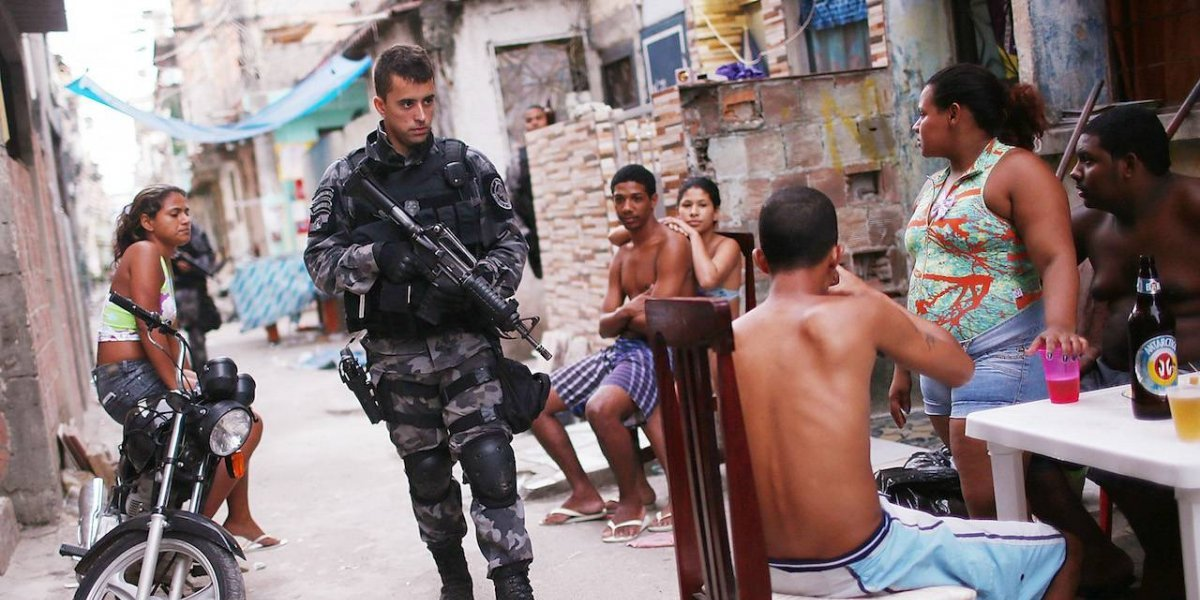Candidato presidencial en Brasil pide que policías maten a delincuentes