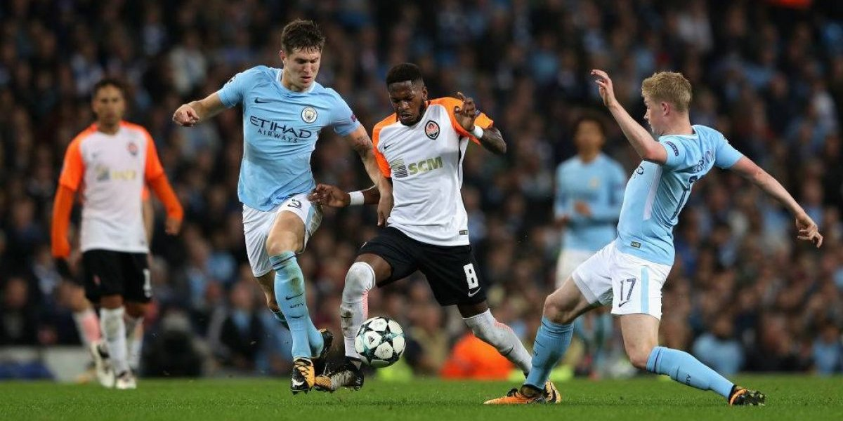 El Manchester City de Bravo y Guardiola quedó fuera de los temidos grupos de la muerte en la Champions