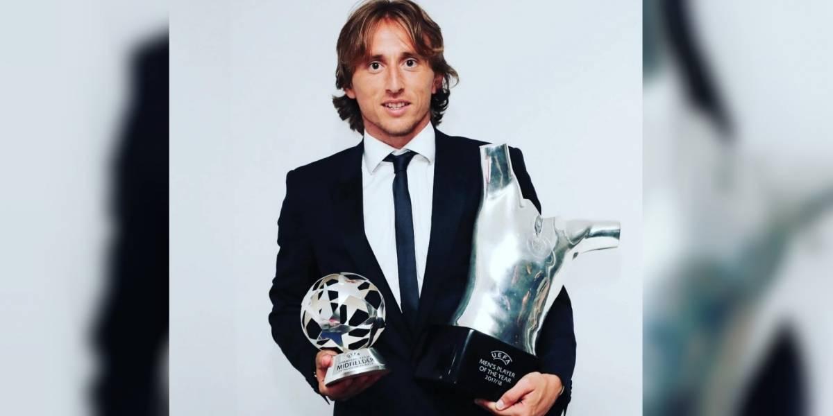 Agente de Cristiano Ronaldo tacha como 'ridículo' el premio a Luka Modric
