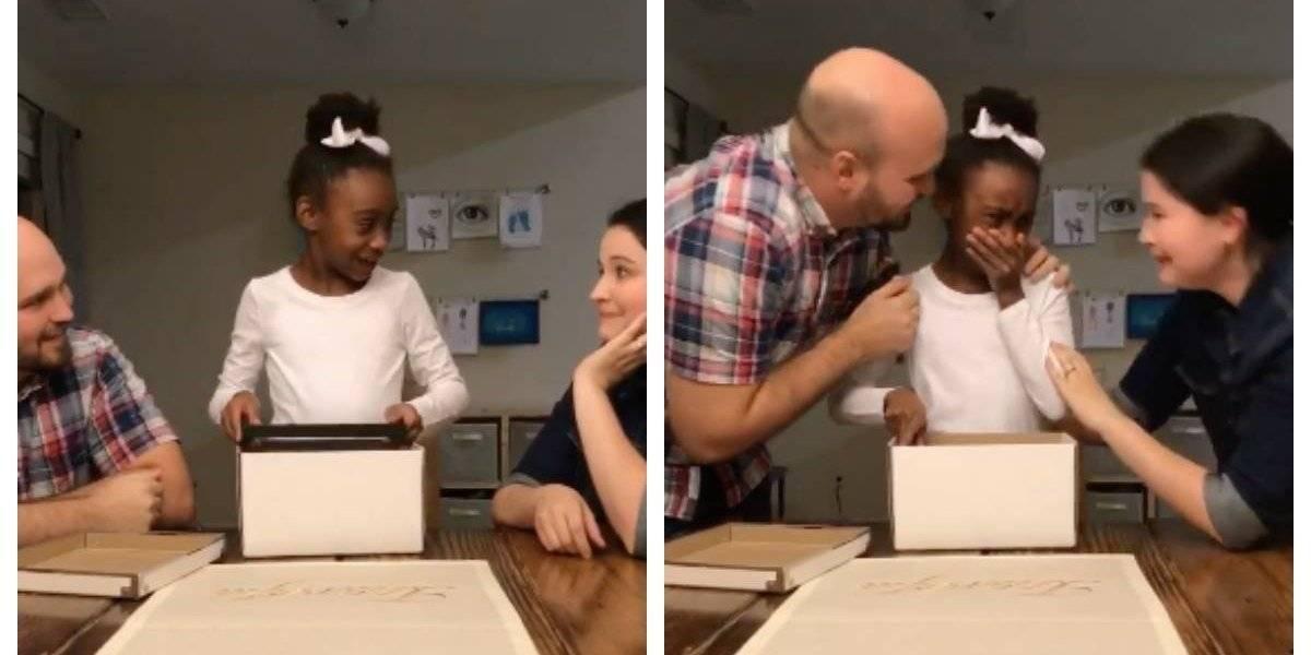 La emotiva reacción de una pequeña de 10 años al enterarse que ella y sus dos hermanos serán adoptados