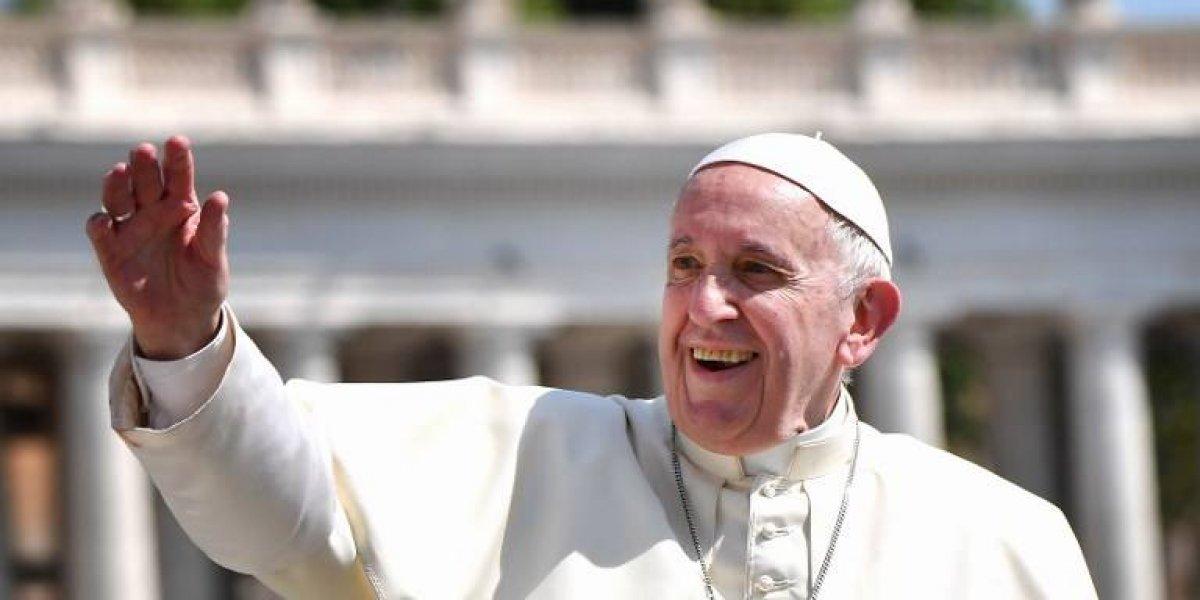 """Vaticano: el Papa está """"sereno"""" a pesar de las denuncias"""
