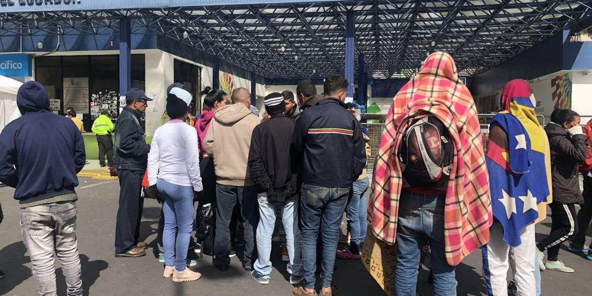 Ingreso de venezolanos a Ecuador se redujo de 5.000 a 1.200 personas por día