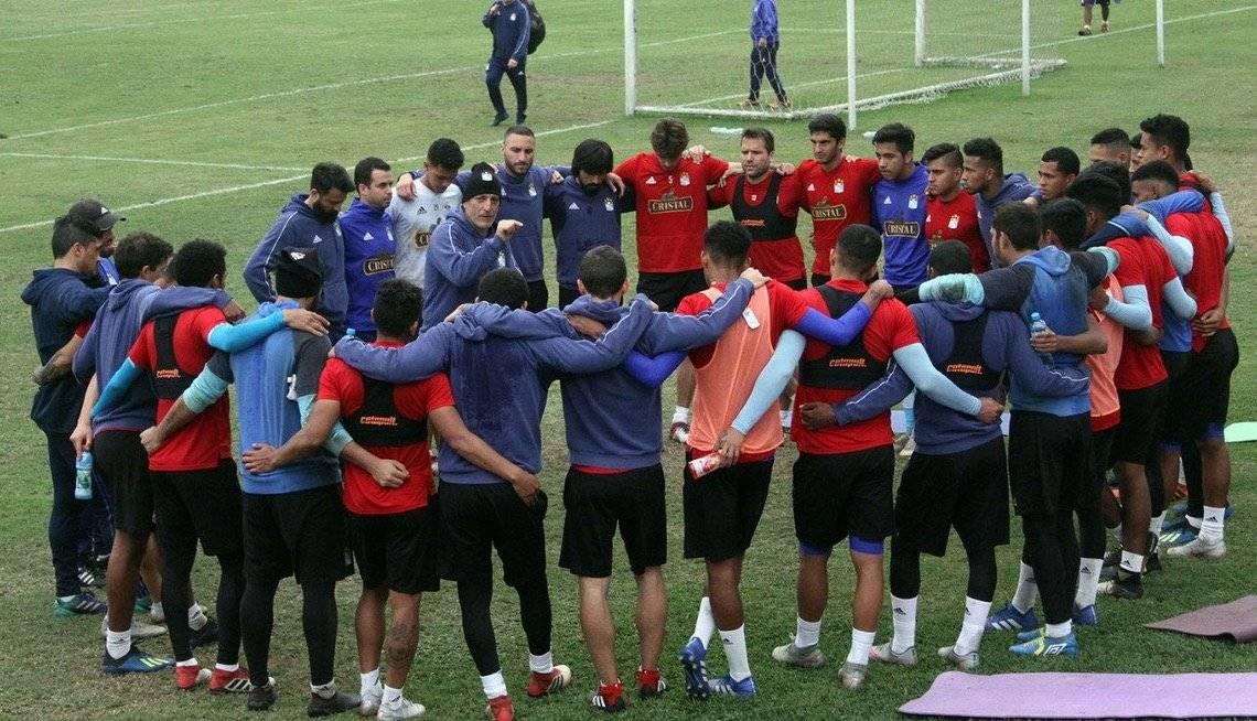La cohesión del colectivo sigue siendo pilar fundamental para Mario Salas / Foto: @ClubSCristal