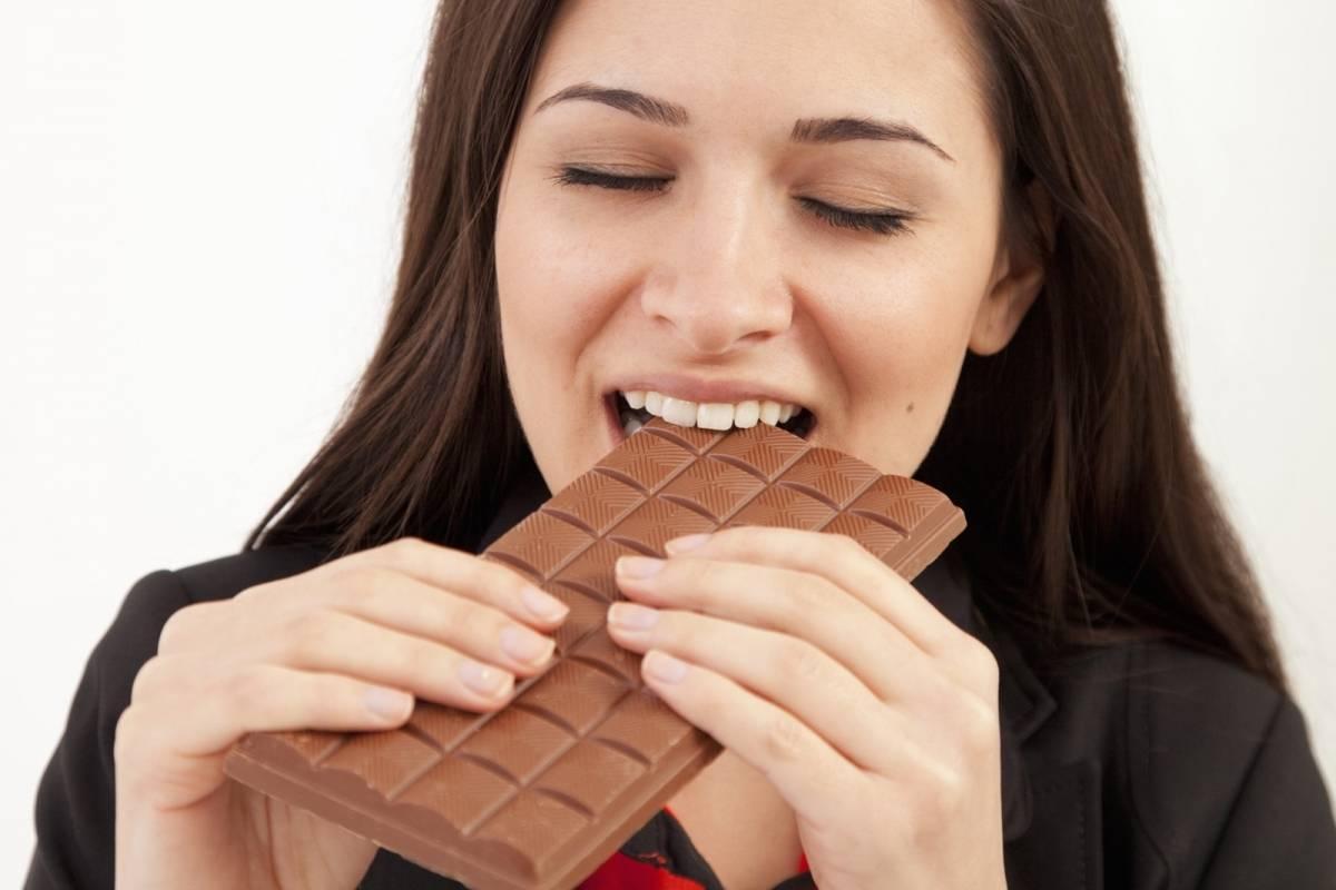 Estudio asegura que comer chocolate reduce la insuficiencia cardíaca | Nueva Mujer
