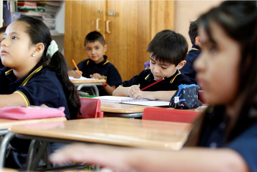 La nacionalidad en un cuento: lanzan novedosa iniciativa de Unicef y Acnur en las escuelas