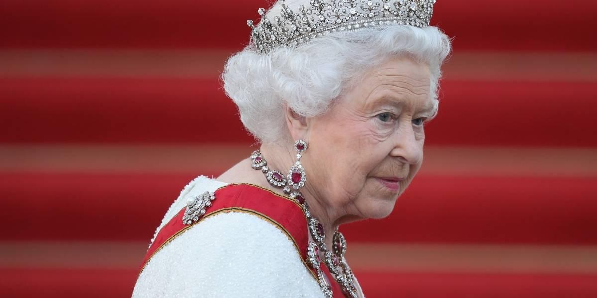 Se reveló la carta que prueba el sufrimiento de la reina Isabel tras la muerte la princesa Diana