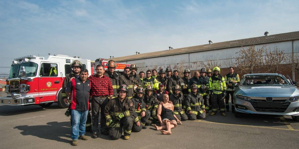 Honda dona vehículos de rescate a Bomberos
