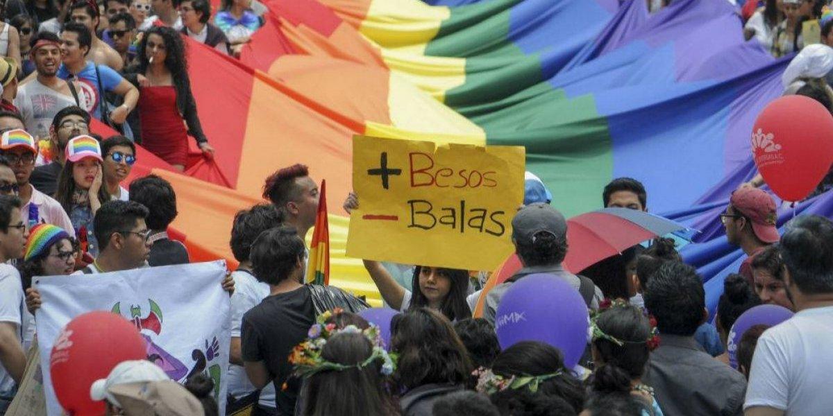 CNDH pide protección para población LGBT+ encarcelada