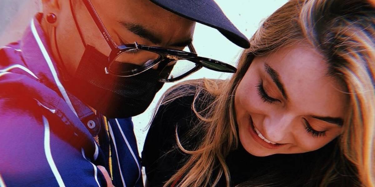 Se burlan de Sofía Castro y Paulina Peña con #JonBoyChallenge