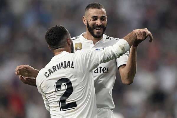 Benzema marcó un doblete