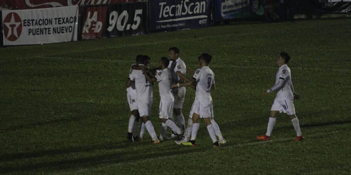 Comunicaciones sigue líder en fútbol guatemalteco